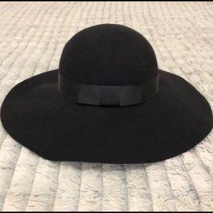 BCBG MaxAzria Floppy Black Wool Hat, Ribbon detail